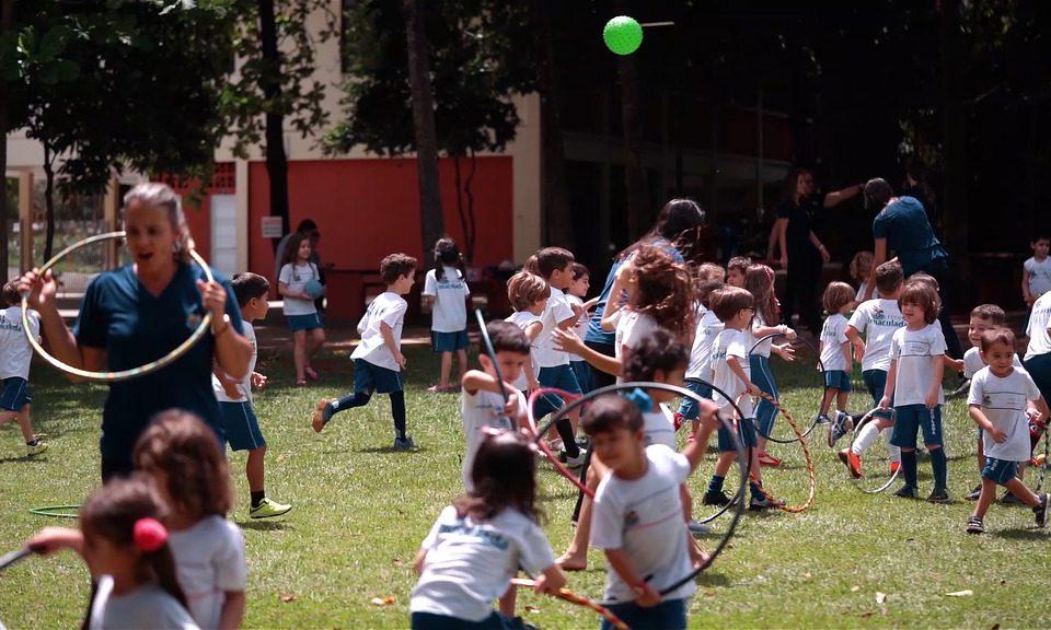 Alunos brincando Escola Imaculada em Goiania